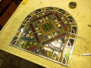 reparatie glas in lood glaslicht